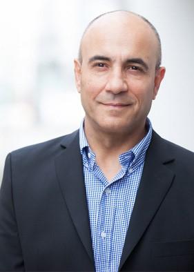 Porträt Dr. Ziah Taufig